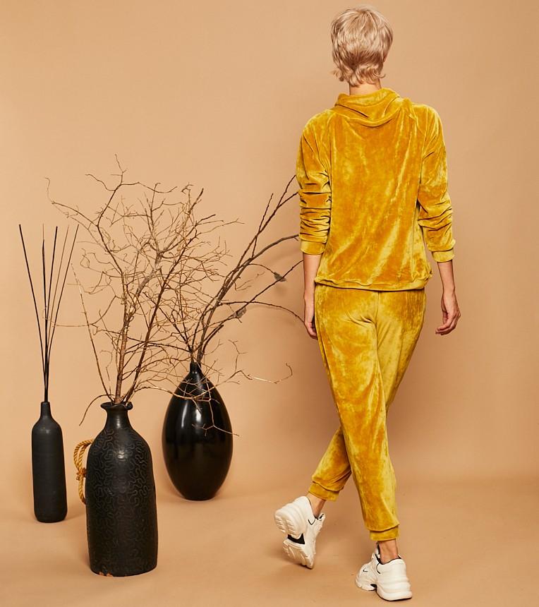 Ana Mustard